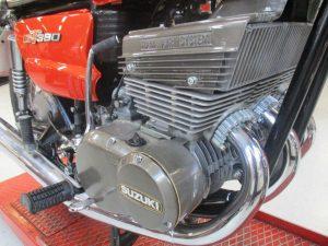 moteur-suzuki-380-gt